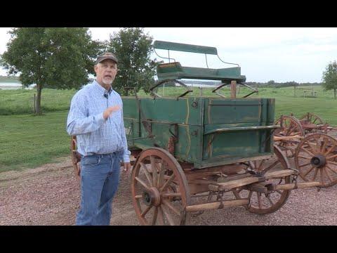 Hansen Wheel And Wagon Shop: Horse-drawn Vehicles And Wheels Part 1: Wagons And Running Gear
