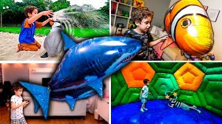 KIds PLAY WITH BALLOON SHARK, FISH AND ANIMALS IN CHILDREN'S PARK  40 Min video for Kids