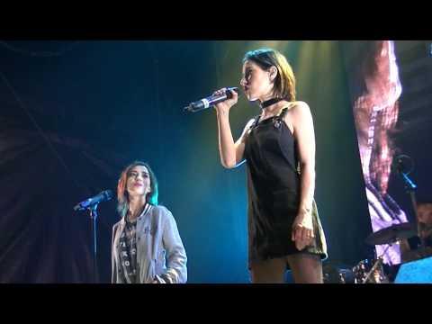 The Veronicas YOU RUIN ME Acoustic Version Surfers LIVE 2017