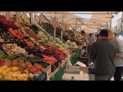 Padova, Italy: Markets and Aperitivo