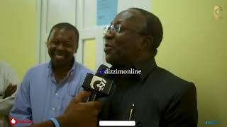 WAZIRI MWAKYEMBE amtembelea MZEE MAJUTO hospitalini / Aiona Nyota Njema kwenye Sanaa