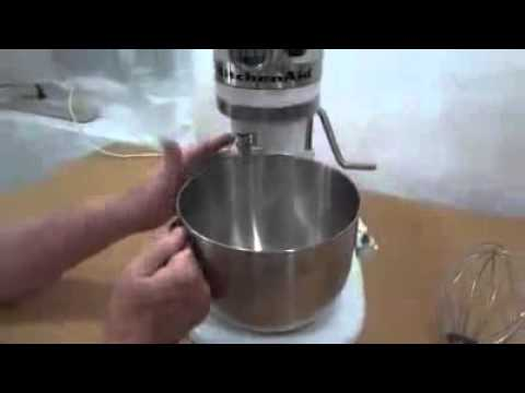 KitchenAid K5SS Stand Mixer Review - YouTube