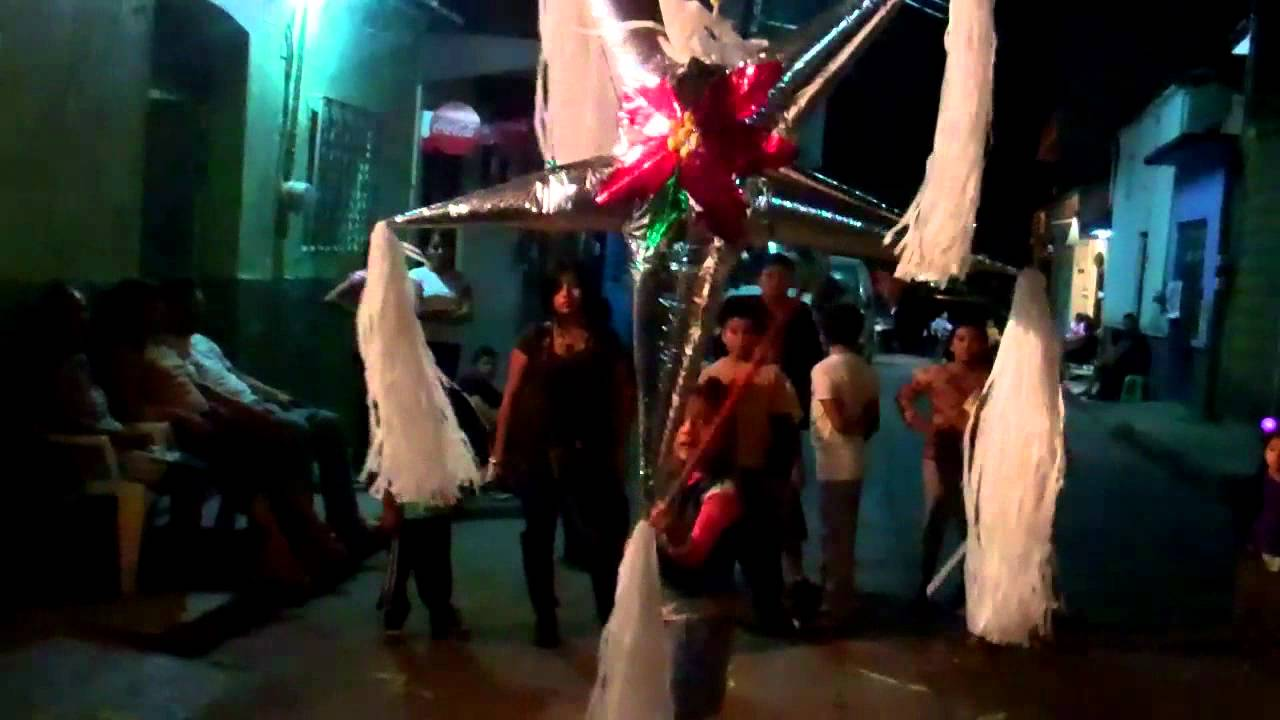 the family posada pinata party iguala mexico youtube