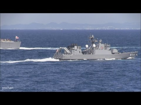 """LCAC and Missile patrol boat.Fleet Review 2012 """"Naval Review"""""""