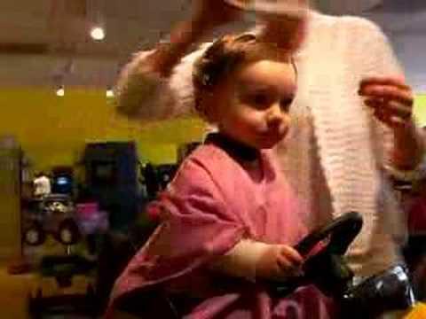 Tagli capelli corti bimba 2 anni