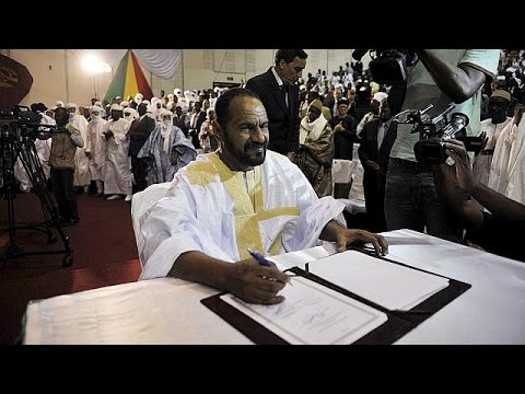 Tuaregs sign Mali peace deal