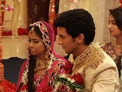 Its Siddhant weds Roli again - YouTube