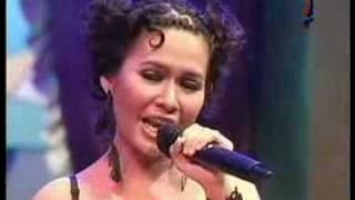 Download Kahitna ft. Dea Mirella - Merenda Kasih Mp3