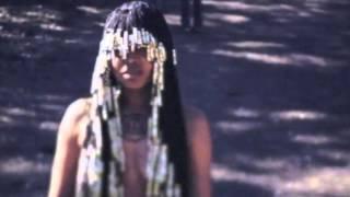 Erykah Badu - Vibrate On