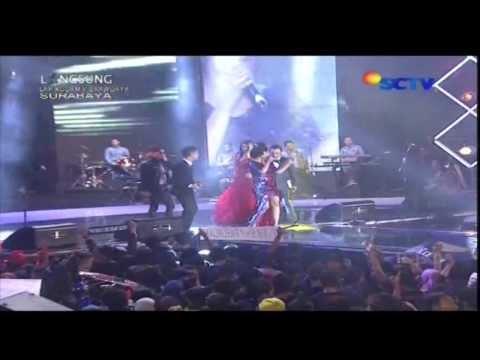 SITI BADRIAH [Bara Bere] Live At Karnaval (08-03-2014) Courtesy SCTV