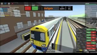 ROBLOX Mind The Gap TRAIN CRASH!!