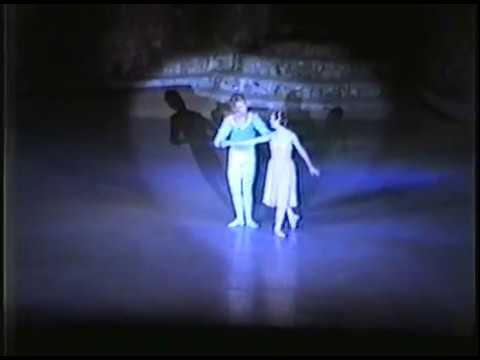 Tchaikovsky Pas De Deux (1984)