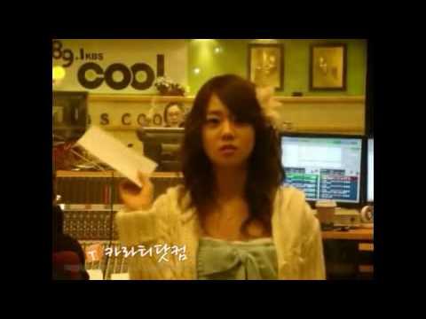 [Kara] Han Seung-Yeon in the Radio booth 1.avi