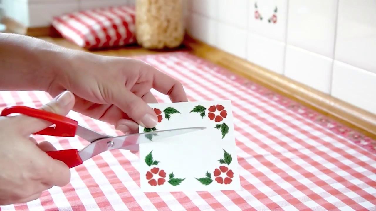 Decora le piastrelle di cucina e bagno con adesivi ad effetto