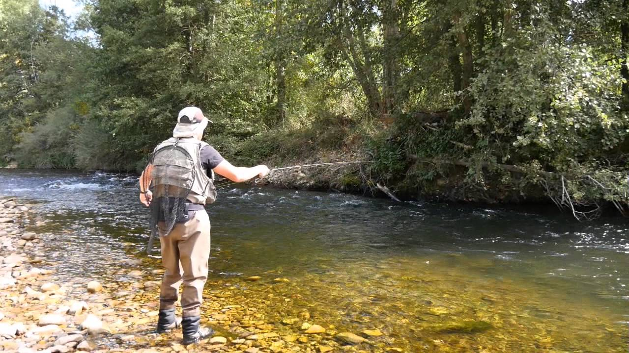 Resultado de imagen de pesca en el orbigo