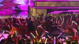 Ella Lo Que Quiere Es Salsa LIVE (Victor Manuel FT. Jowell y Randy y Voltio) Premios Juventud 2012
