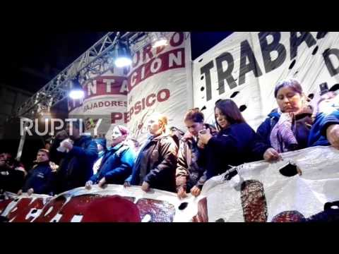 Argentina: Protesters decry dismissal of hundreds from PepsiCo plant in Buenos Aires