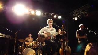 Heaven Knows - Absynthe Minded live @ FRANNZ Club Berlin 10/11/10