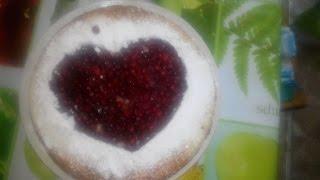 Валентинка-шарлотка с брусникой