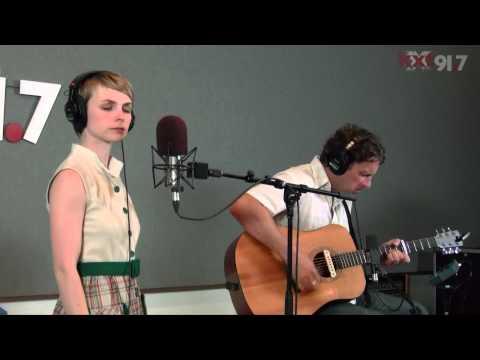 """Kat Edmonson - """"I Don't Know"""" - KXT Live Sessions"""