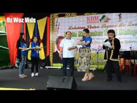 Kdm Kaamatan 2015 Menggatal Michael and Ampal gave away lucky draw