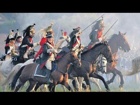 Snelle spannende muziek instrumentaal. Opzwepende drukke klassieke filmmuziek Slag bij Waterloo.