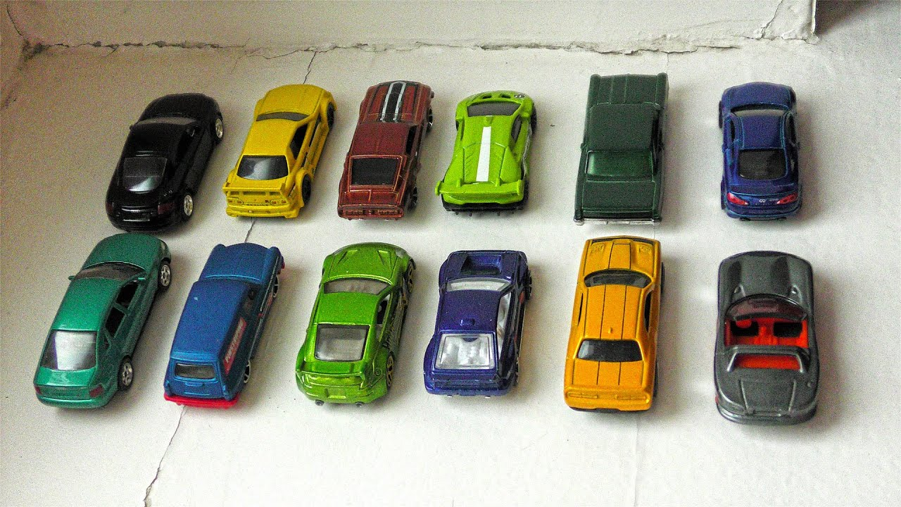 12 Cars of Small Size Moving One by One