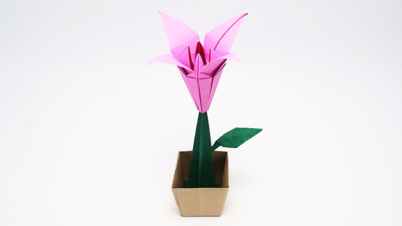 How to Make an Origami Lily Flower « Origami :: WonderHowTo | 720x1280