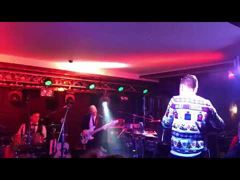 Derek Ryan live Saturday 9th December 2017
