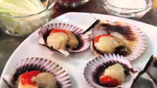 Ostiones A La Parmesana / Parmesan Scallop + Marques De Casa Concha Chardonnay