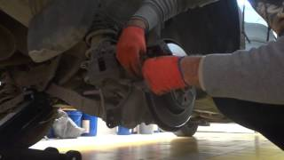 Замена задних тормозных колодок Volvo xc60 2013+