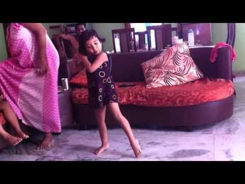 Sejuti dancing on Projapoti e mon meluk pakhna - 2