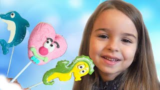 Learn Colors With Candy Lollipops for KidsChildren  Finger FamilySongs