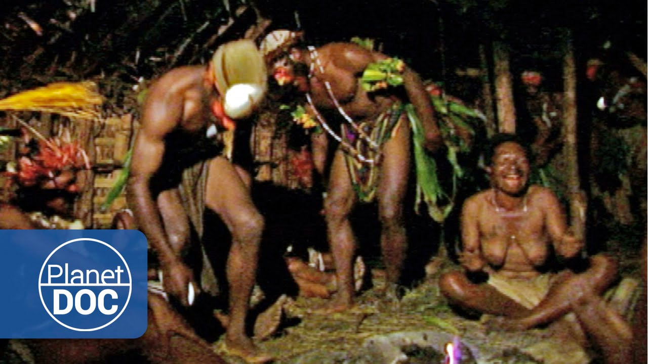 Seductive Dances  Tribes  Ethnic Groups - Planet Doc -2193