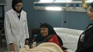 السيسي يأمر بإنقاذ عجوز تقيم على الرصيف: طمنوني على صحتها