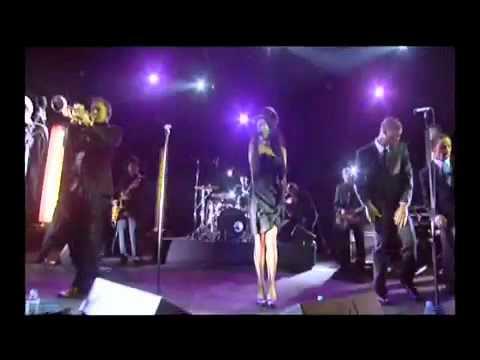 Amy Winehouse - You Know I'm No Good (Live De La Semaine)