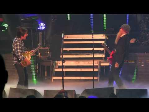 John Fogerty with ZZ Top - Born on the Bayou