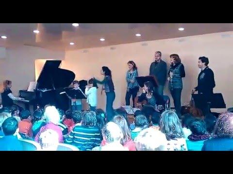 Les escoles visiten l'escola de Música de premià de Mar