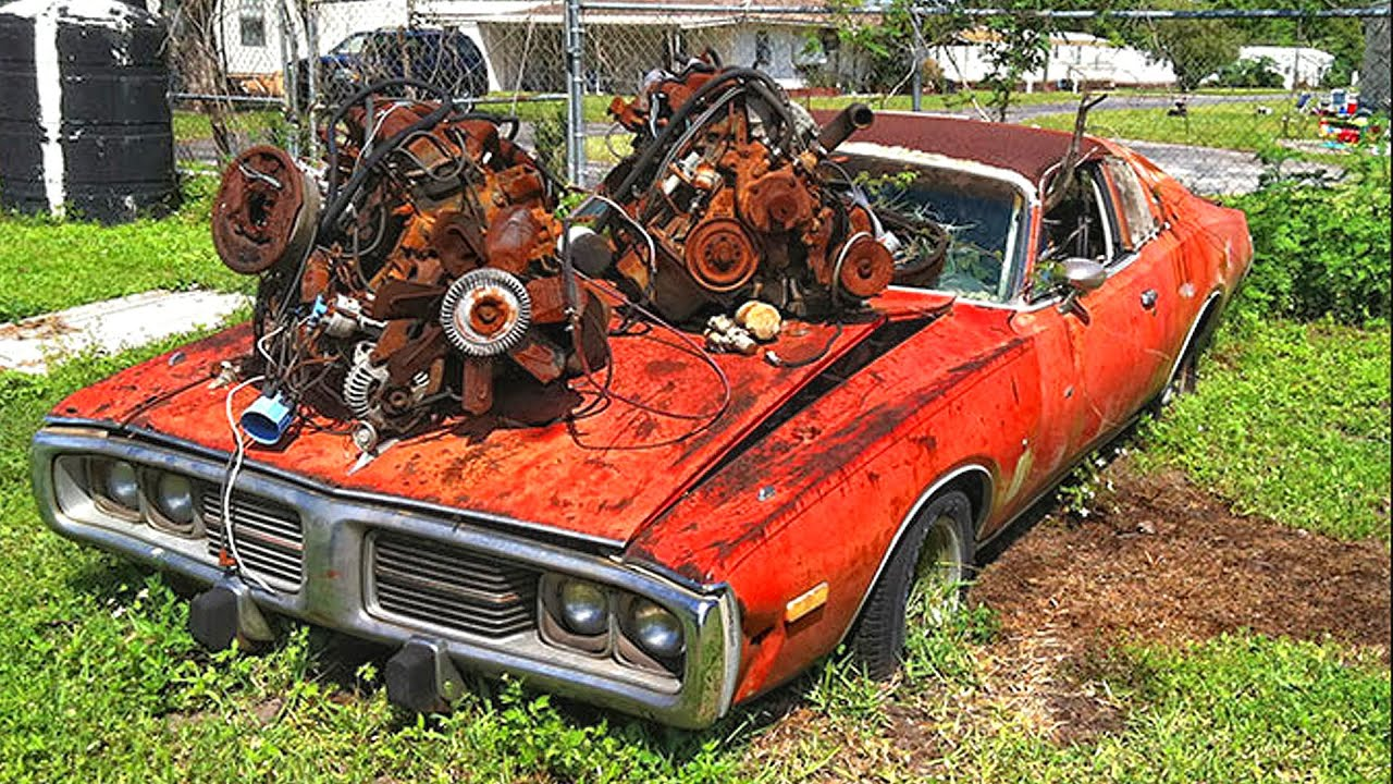 Abandoned muscle cars. Classic muscle cars abandoned. Old cars ...