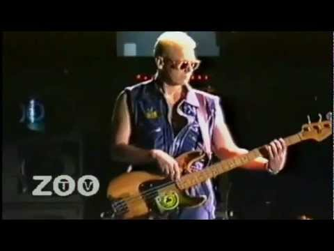 U2 Intro/Zoo Station (ZOO TV Sydney 1993)