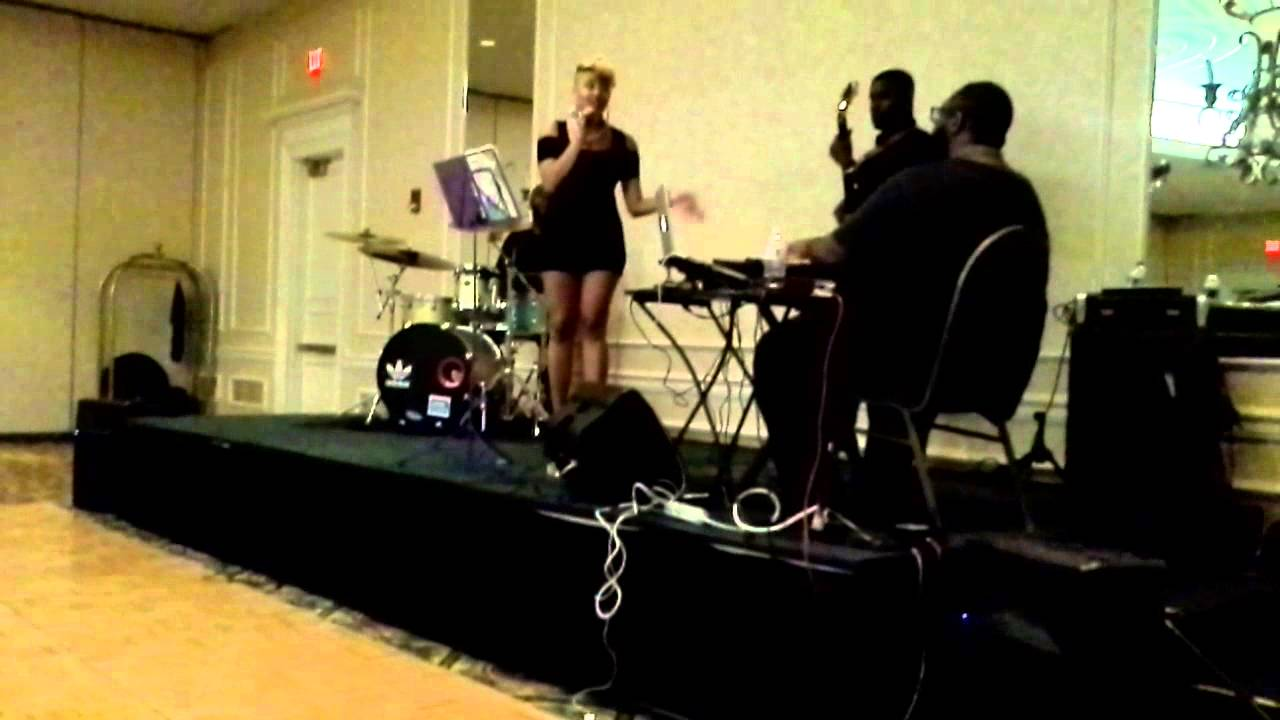 If Only You Knew- Niqqi LIVE w/ L.A. Moore & Co.