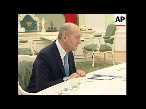 Israeli Prime Minister Ehud Olmert meets Russian president