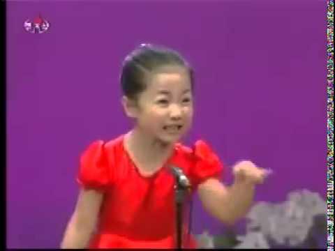 Видео опаганаста исполняет китайская девушка