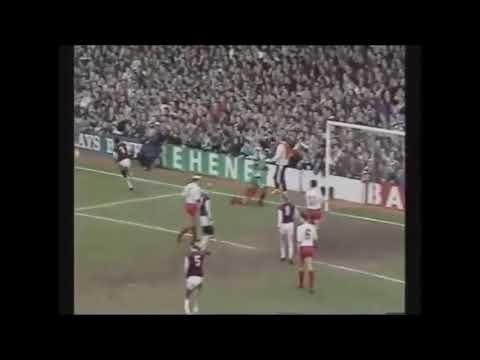 West Ham United v Barnsley, 01 April 1991