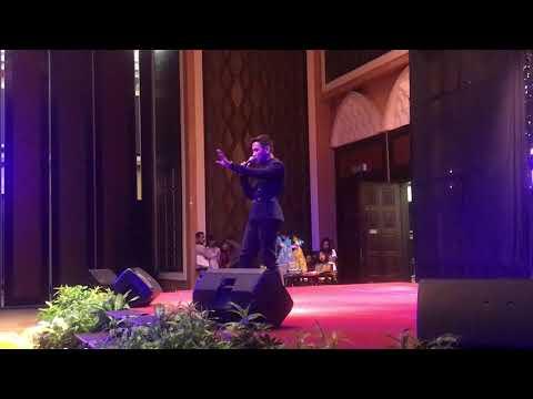 Terima Kasih Atas Segalanya - Bitobeyto | Perform at Masquerade Night Terengganu 2017