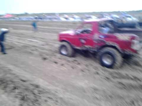 La hellboy vs 4x4 wheels
