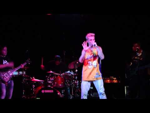 Aaron Carter - Thats How I Beat Shaq LIVE in Toronto