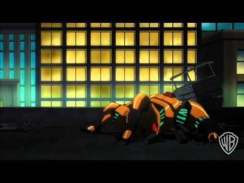 Justice League: War - Batman Meets Green Lantern Official Clip