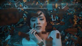 Смотреть клип Giulia Penna - Legocentrico