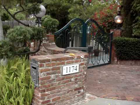 DARLING PRESLEY VISITS ELVIS PRESLEY's BEVERLY HILLS CALIFORNIA HILLCREST HOME